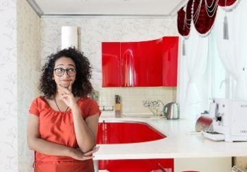 Milyen függönyök ajánlottak a konyhába?